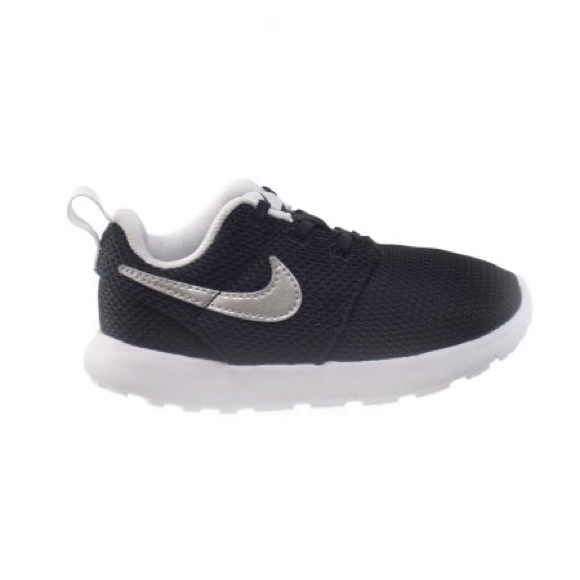 b10c70b08778a Nike Shoes | Roshe One Infant Shoe | Poshmark